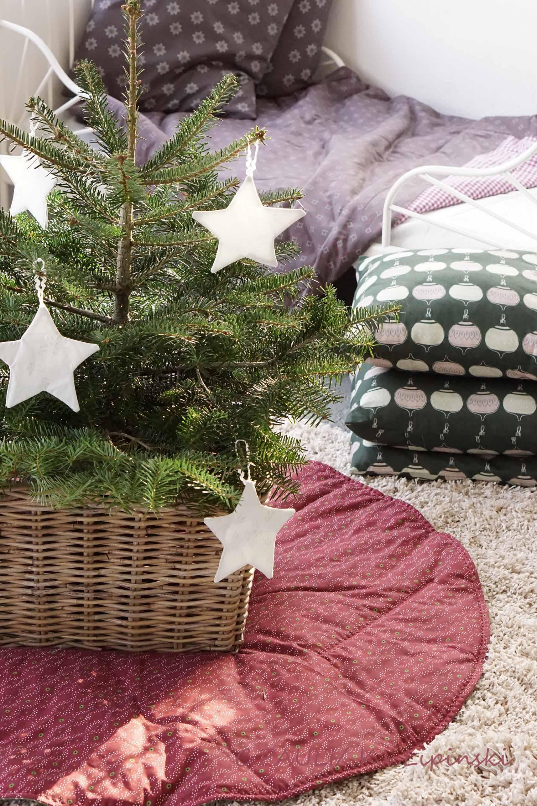 decke fur weihnachtsbaum europ ische weihnachtstraditionen. Black Bedroom Furniture Sets. Home Design Ideas
