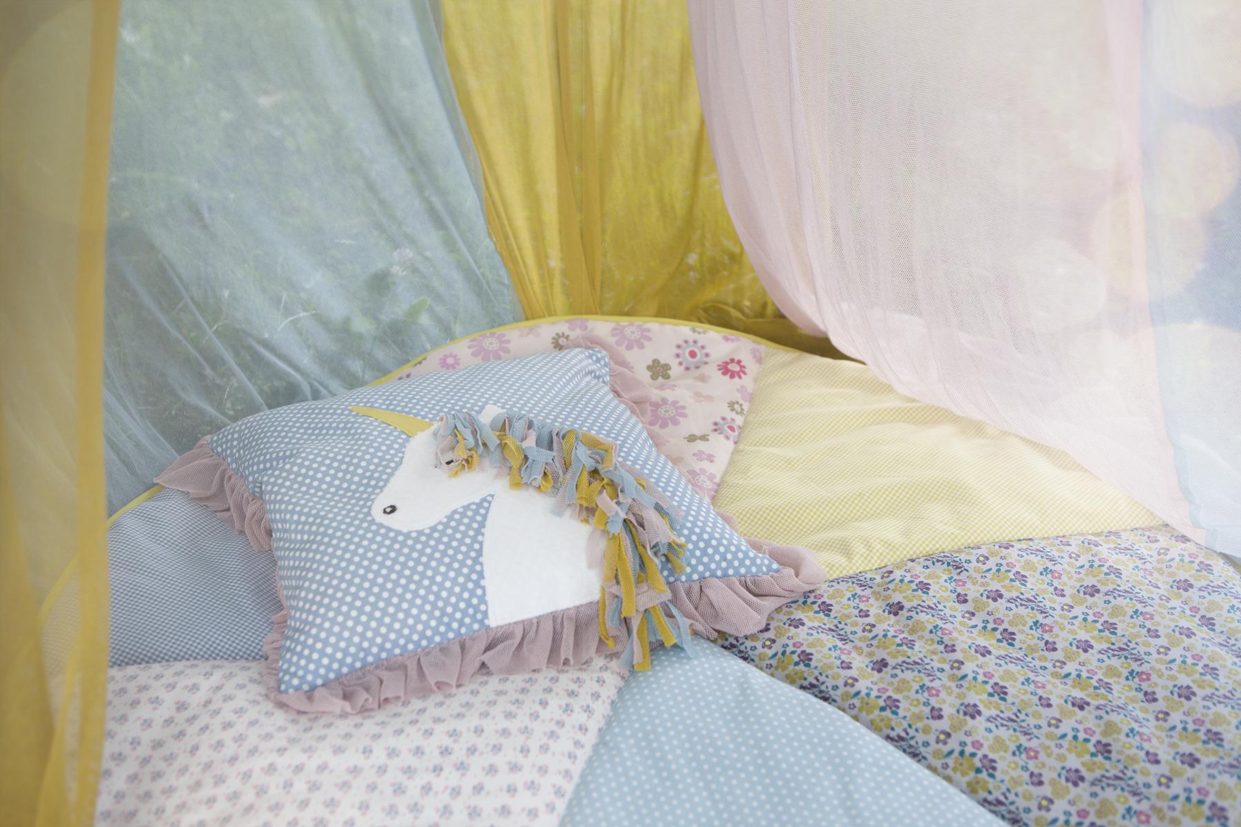 diy einhorn kissen selber machen anleitung ohne nhen t. Black Bedroom Furniture Sets. Home Design Ideas